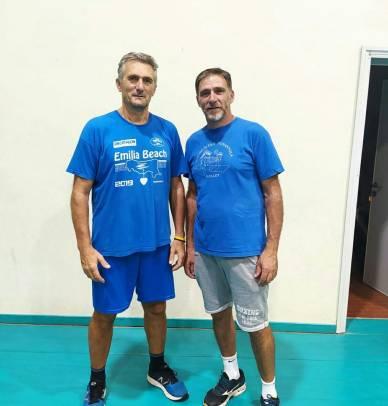 I due allenatori Passarella e Sighinolfi